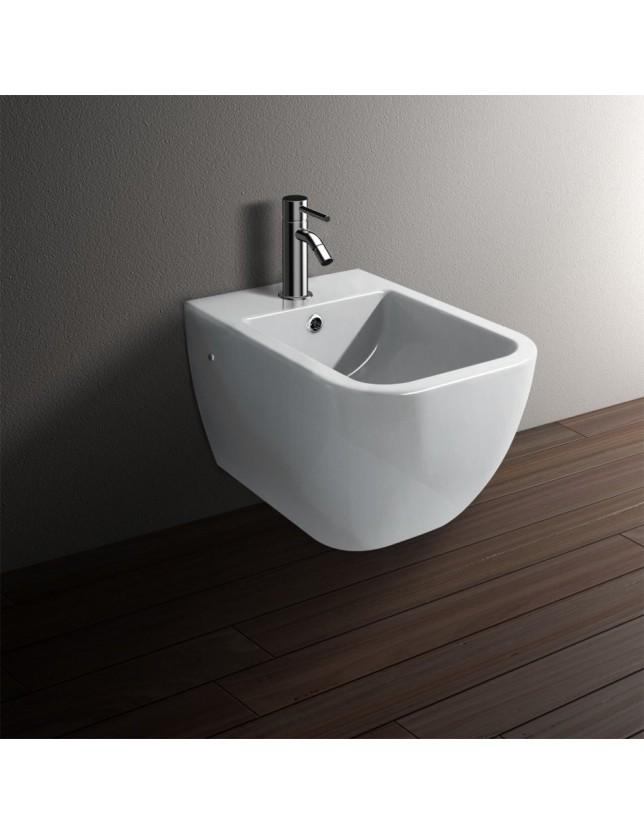 WC SMART IN CERAMICA A PAVIMENTO CON CURVA TECNICA